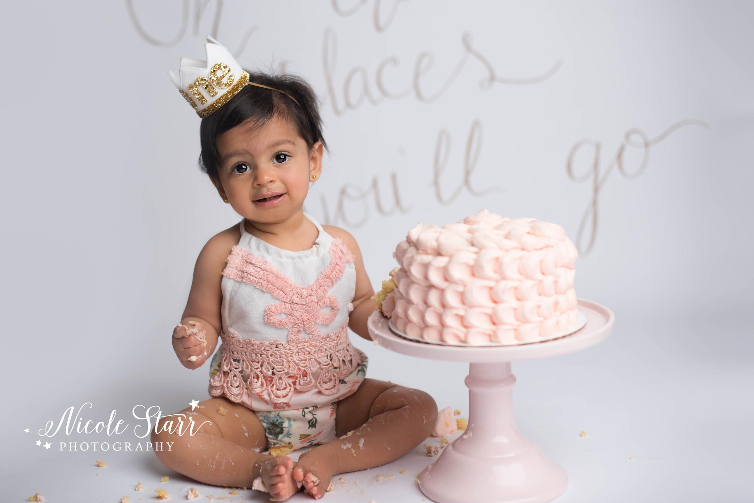 Soft pink birthday girl cake smash, Albany photographer Nicole Starr Photography