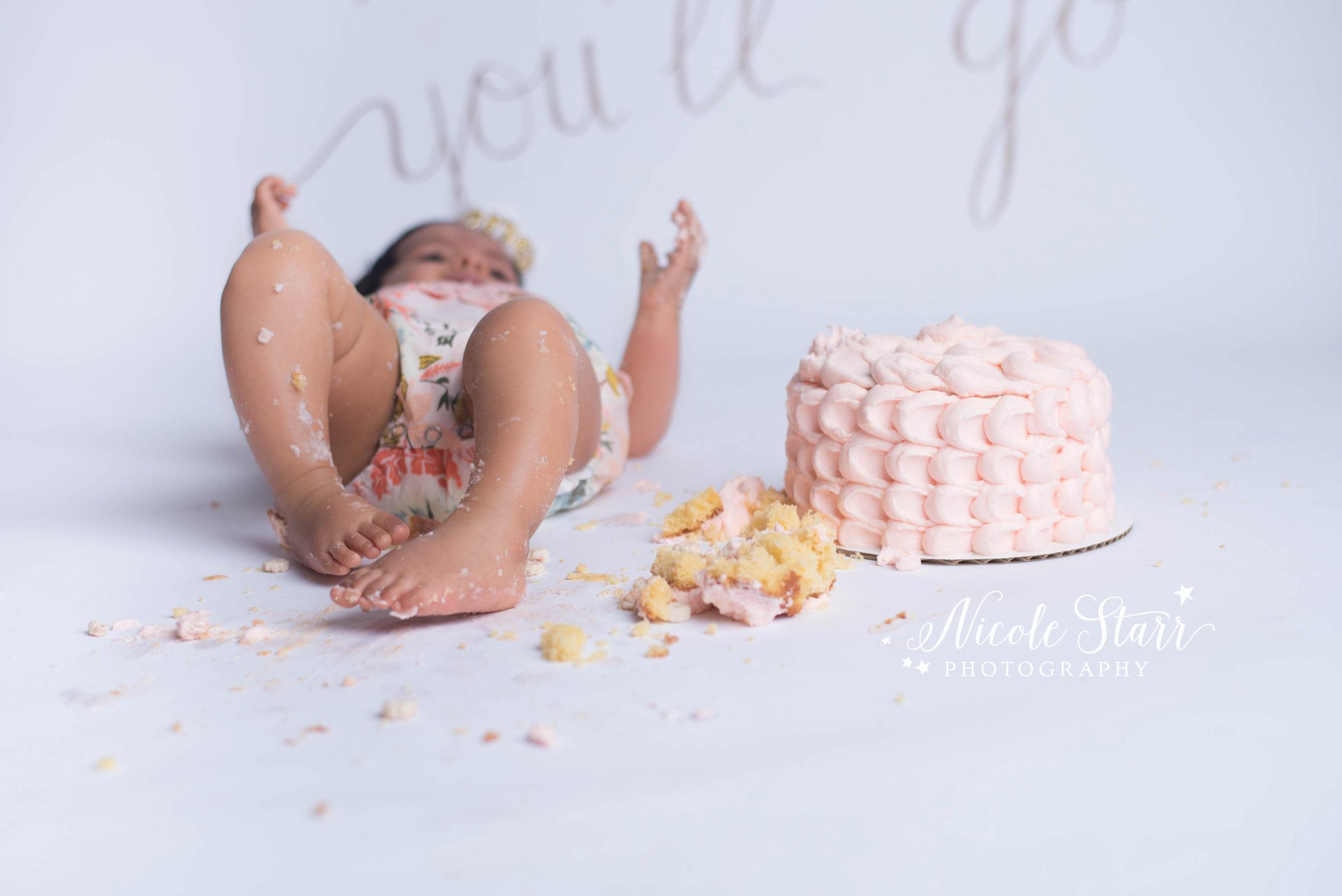 Newton Cake smash photographer, Albany Cake Smash Photographer, Upstate NY Cake smash photographer, Clifton Park Cake Smash Photographer,