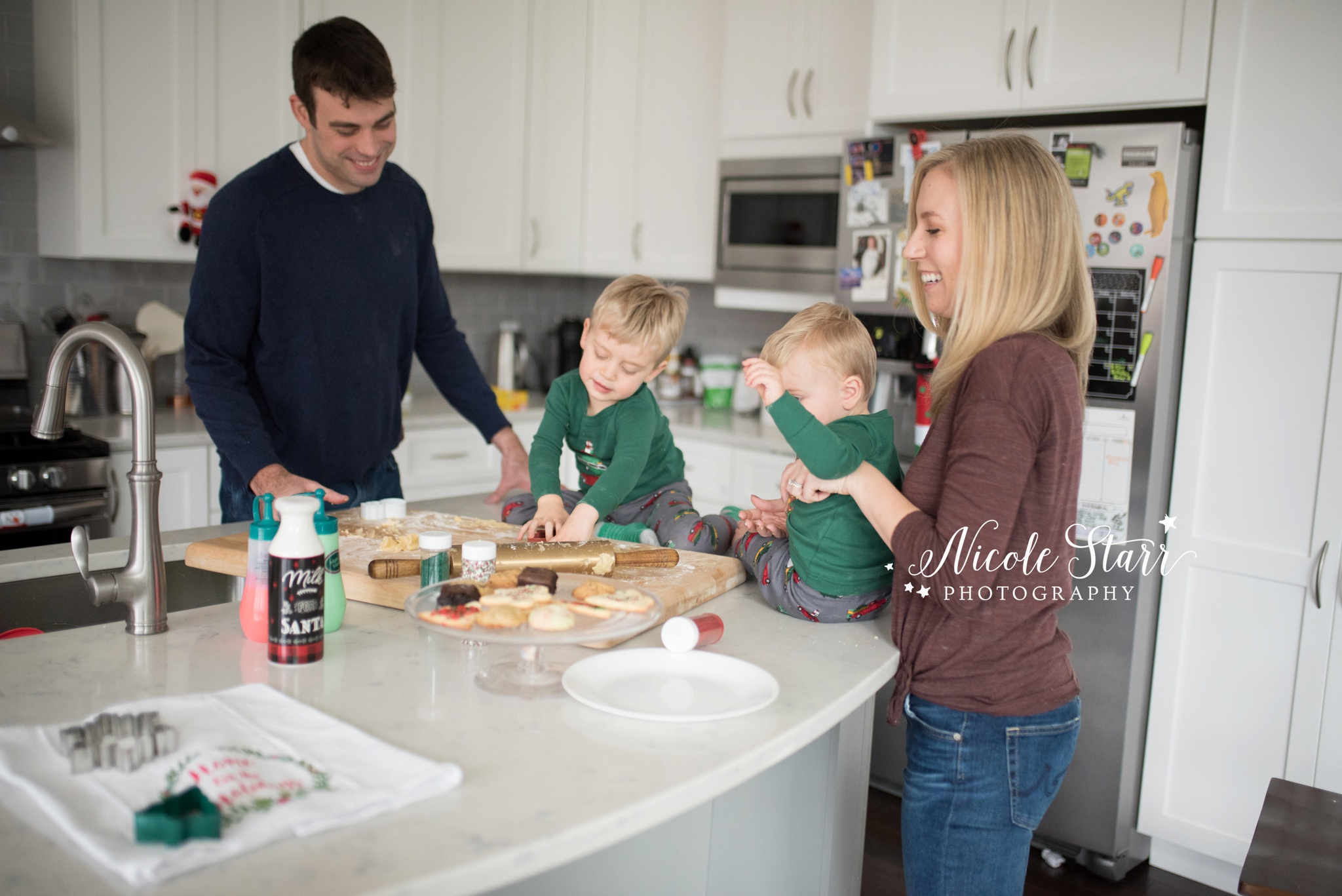 nicole starr photography, saratoga springs lifestyle photographer, holiday cookie baking photoshoot_0002.jpg