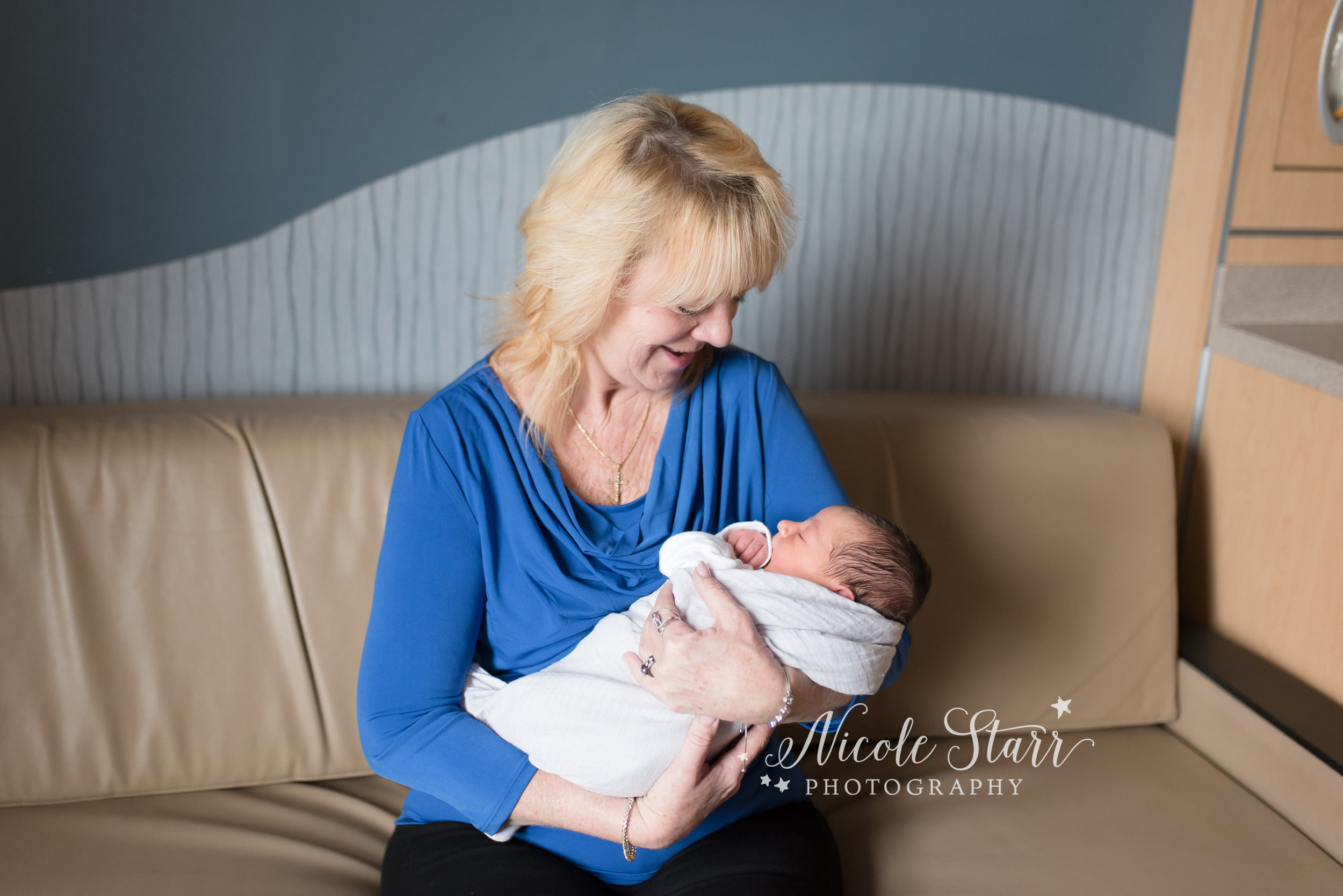 Nicole Starr Photography | Saratoga Springs Fresh 48 Photographer | Boston Fresh 48 Photographer | Fresh 48 Session | Hospital Photography Session | Loudonville NY Fresh 48 Photographer | Delmar NY Fresh 48 Photographer | New baby, fresh 48 newborn session | Upstate NY Fresh 48 Photographer, Albany Med