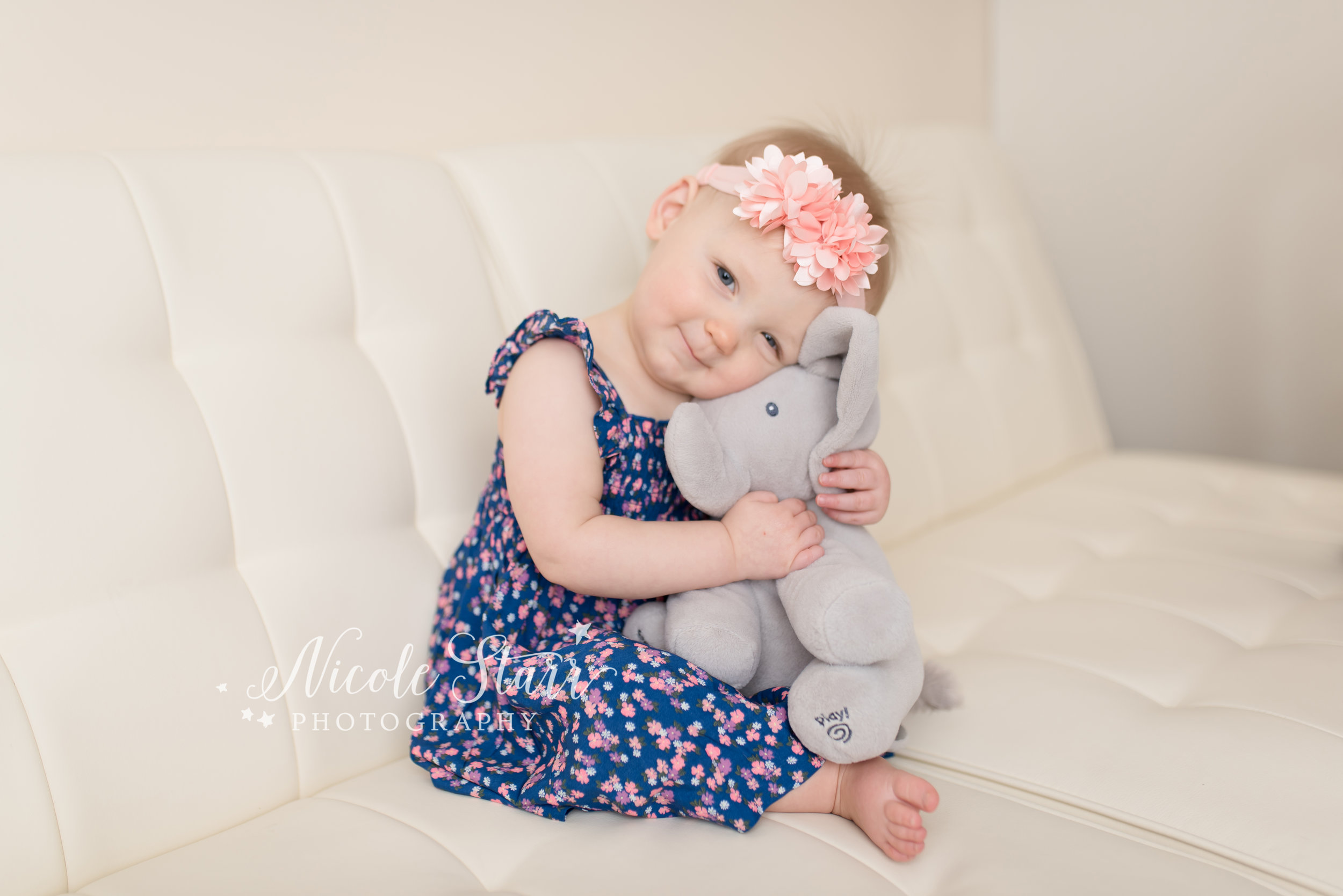 Nicole Starr Photography | Saratoga Springs Cake Smash Photographer | Boston Cake Smash Photographer | Saratoga Springs Family Photographer | Boston Family Photographer | Delmar NY Cake Smash Photographer | Loudonville Cake Smash Photographer