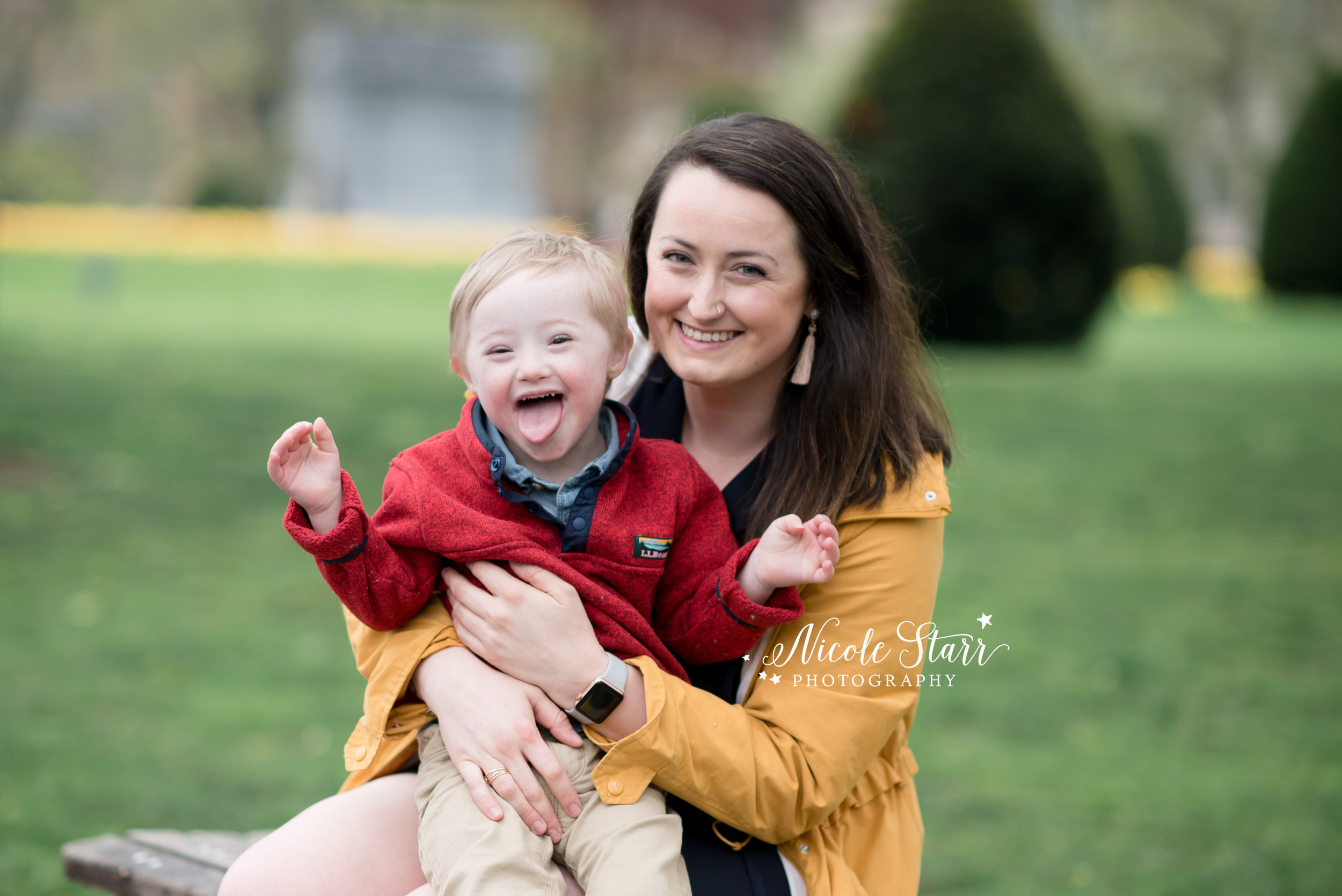 Nicole Starr Photography | Saratoga Springs Family Photographer | Boston Family Photographer | Upstate NY Family Photographer | Family Photographer | Delmar NY Family Photographer | Loudonville NY Family Photographer, mommy and me session, mommy and me, Boston Public Gardens, mom and me