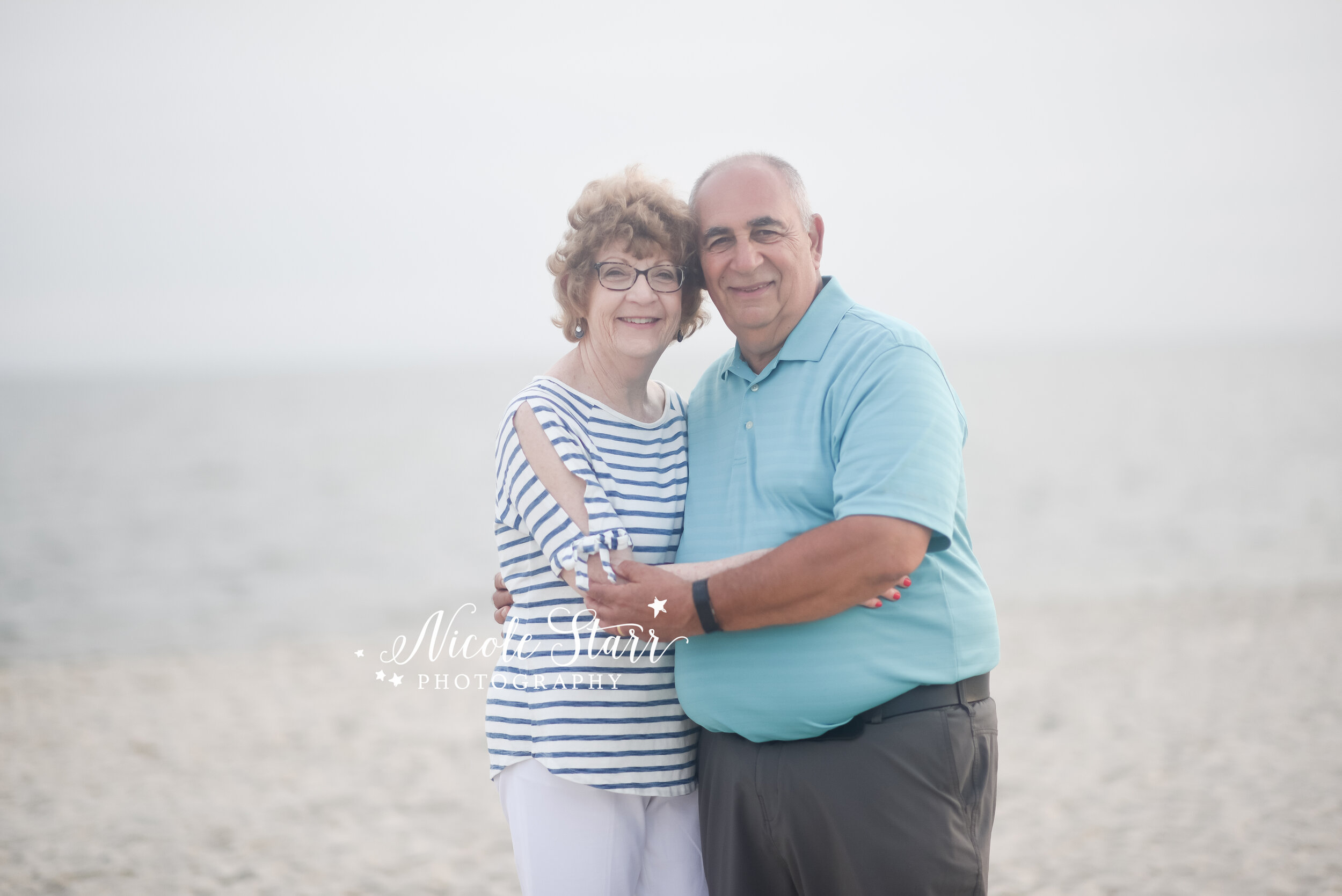 Nicole Starr Photography   Cape Cod Family Photographer   Boston Family Photographer   Family Photographer   Beach Family Photographer   Massachusetts Family Photographer   Extended family portraits, beach family portraits, Cape Cod portraits, Cape Cod family session, Large family photos on the beach
