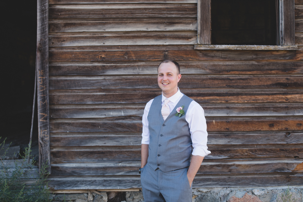 Osoyoos Wedding Photographer-55.jpg