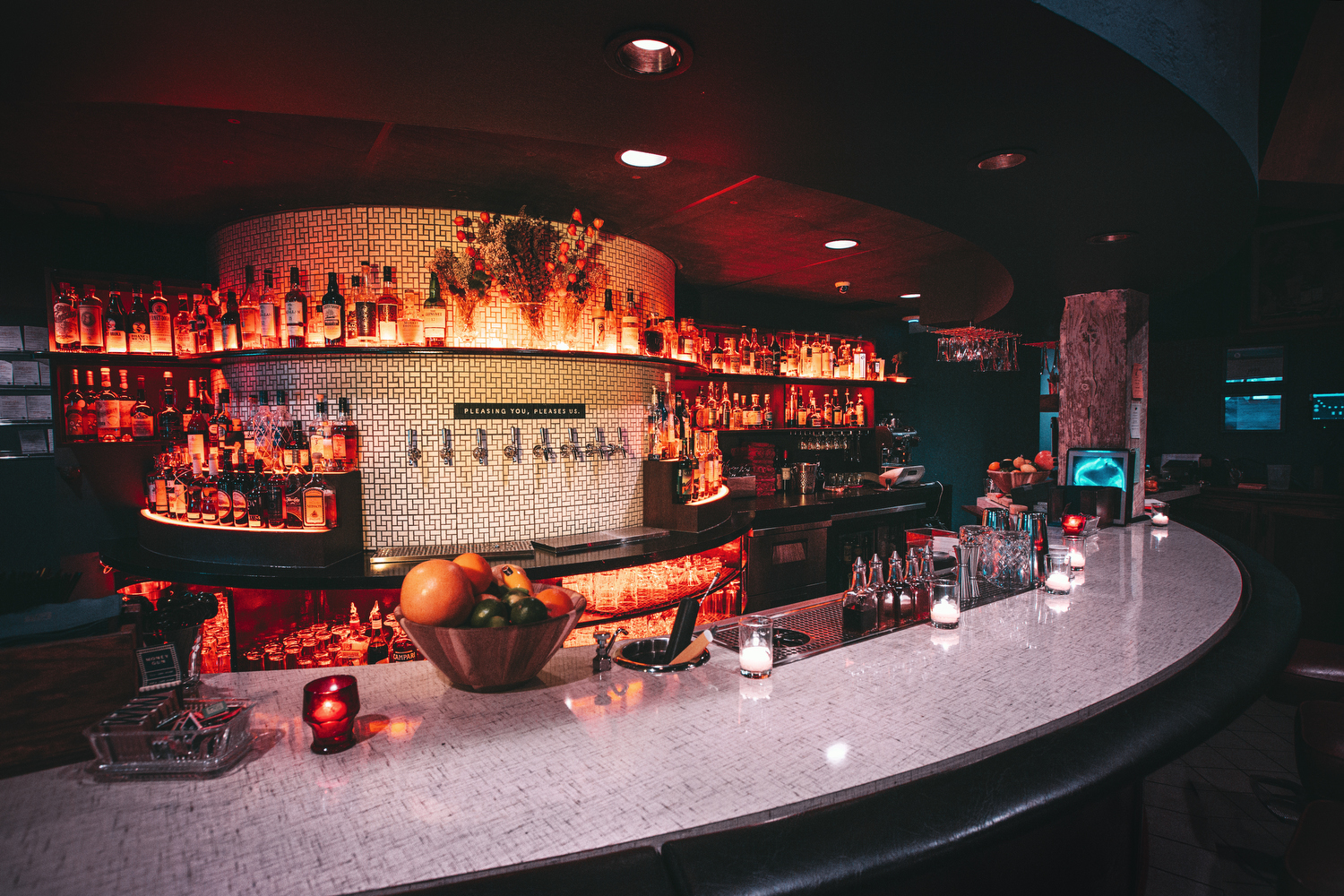 MONEYGUN Bar 7.JPG