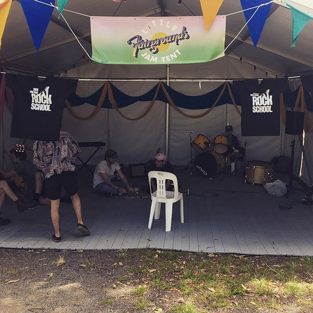 Let the festivities begin. High Voltage Rock School will be running rock n roll workshops all day long for the young folks chilling @fairgroundsfestival today. Come and plug in! . . . #festival #fairgrounds #jamming #tent #rockschool #schoolofrock #highvoltagerockschool #kidsmusic