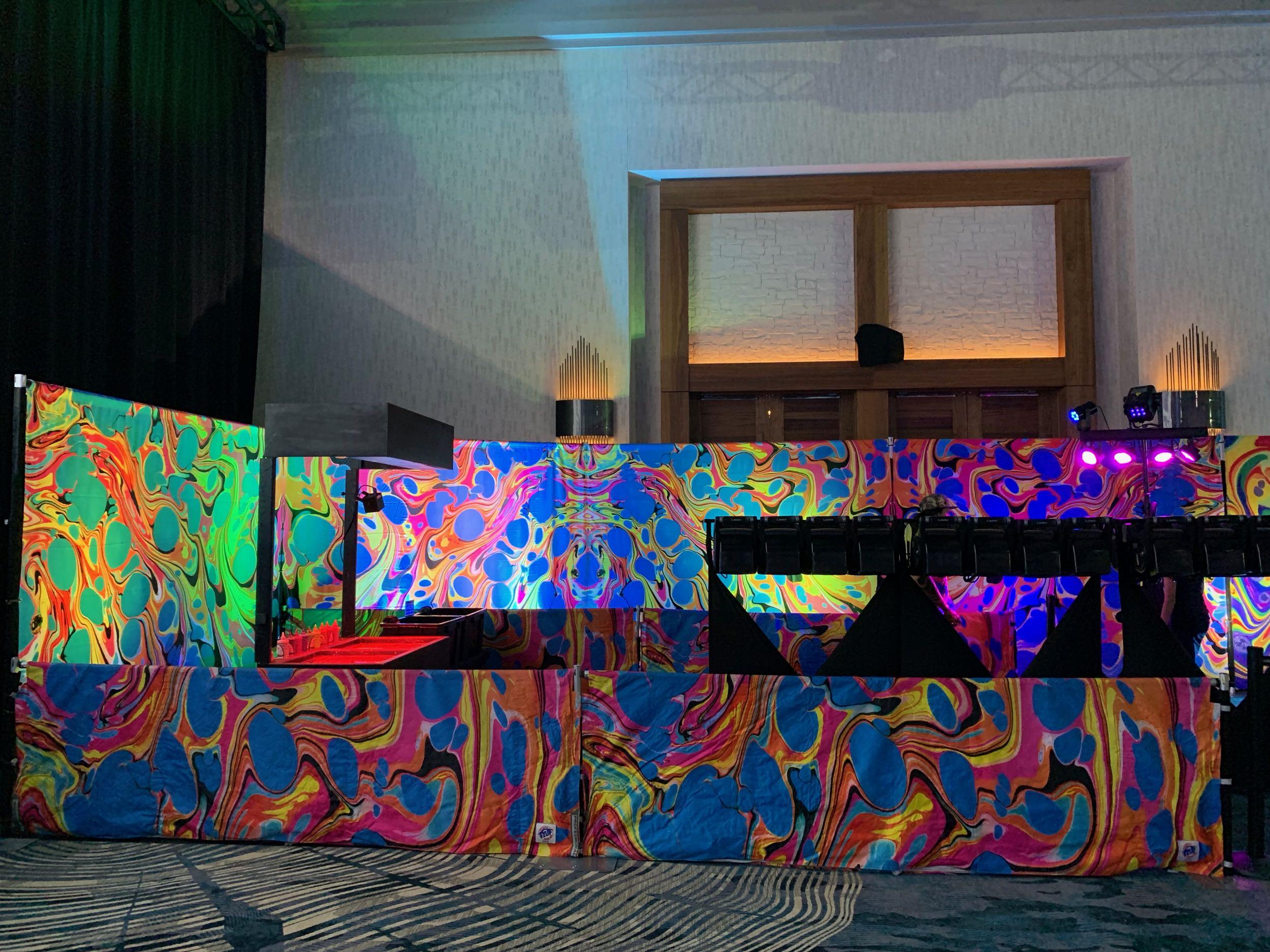 BLVisuals Body Marbling Booth Indoor 3.jpg