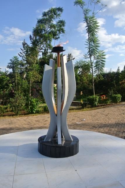Kigali Genocide Memorial (9) (428x640).jpg