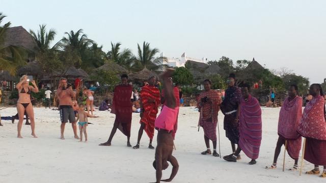 Masai People (2) (640x360).jpg