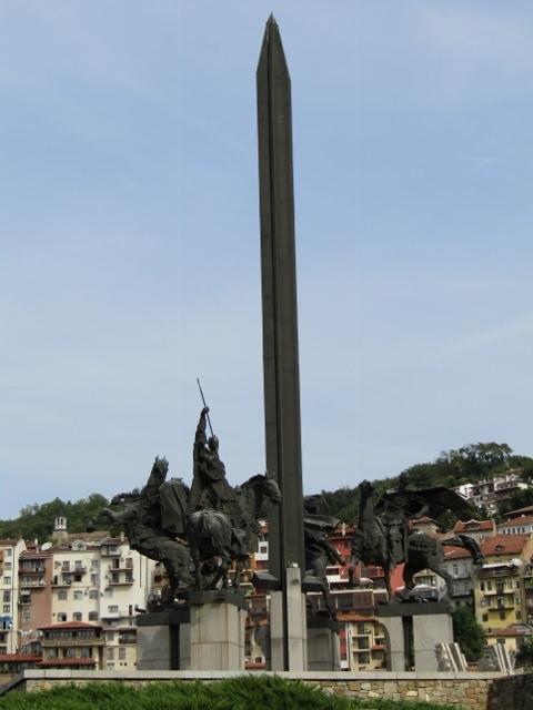Asen's Statue (3) (480x640).jpg