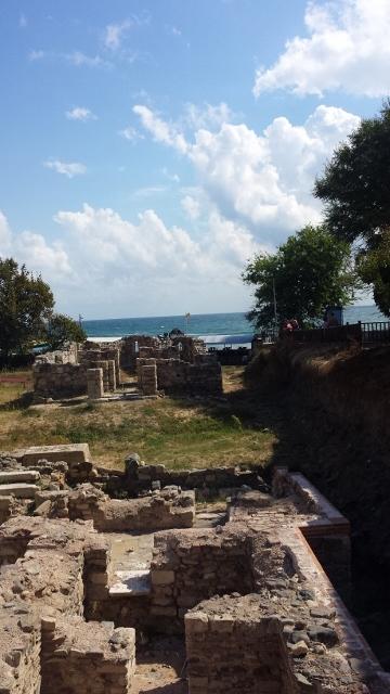 roman ruins (360x640).jpg