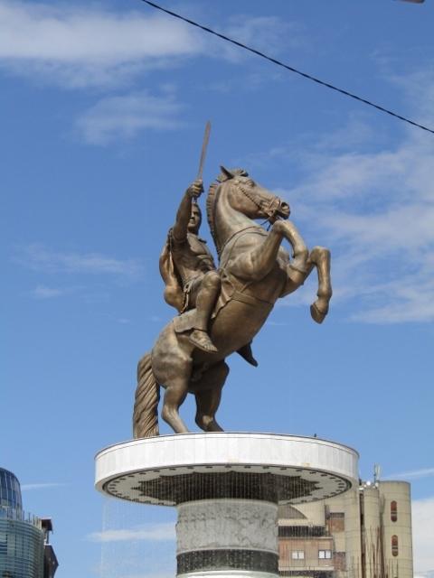 Statues (6) (480x640).jpg