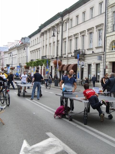 Ping Pong on the street (480x640).jpg