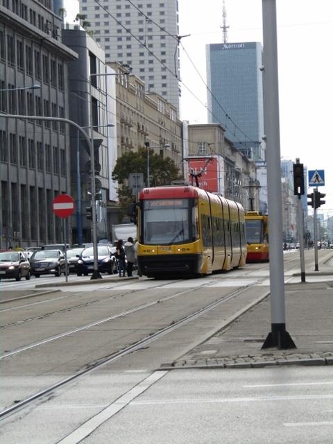Tram (480x640).jpg
