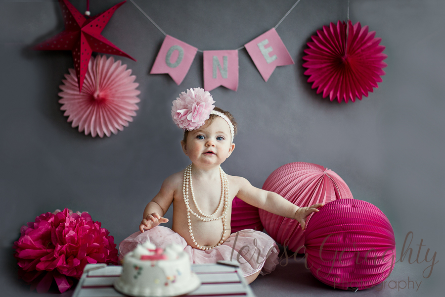 Affordable first birthday photographer in nassau county