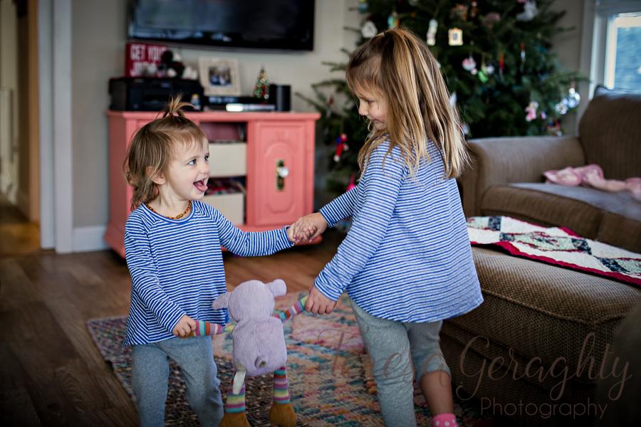 toddler girls dancing