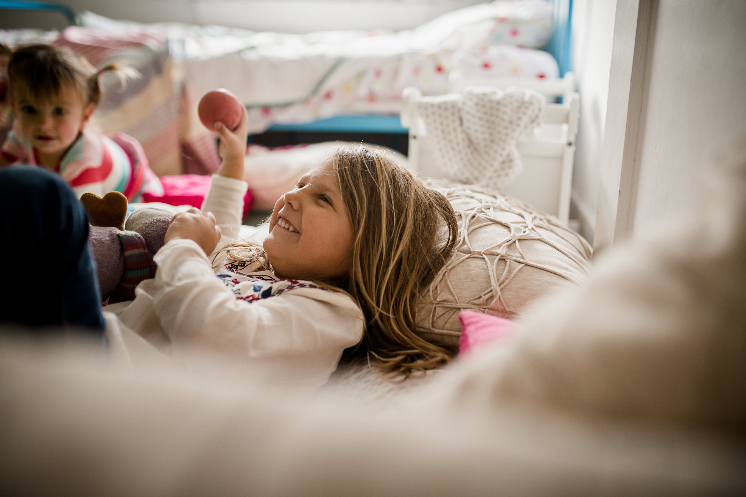 girls in pillow fort