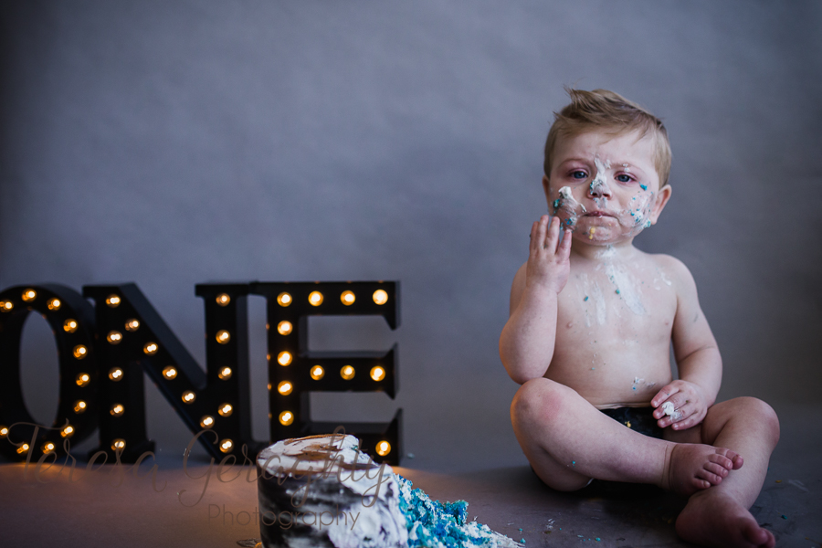 Cake Smash Photographer in Nassau County