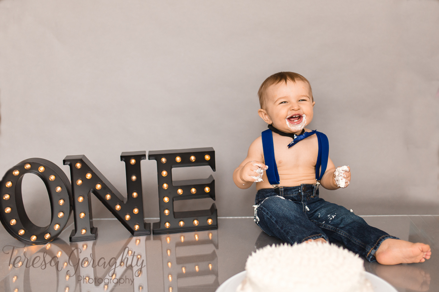 affordable cake smash photographer in nassau county