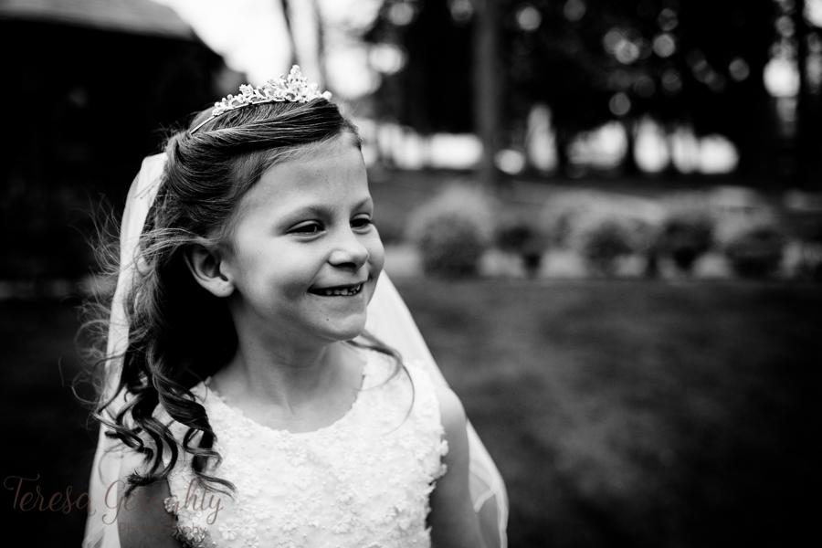 Artistic first communion photographer in nassau county