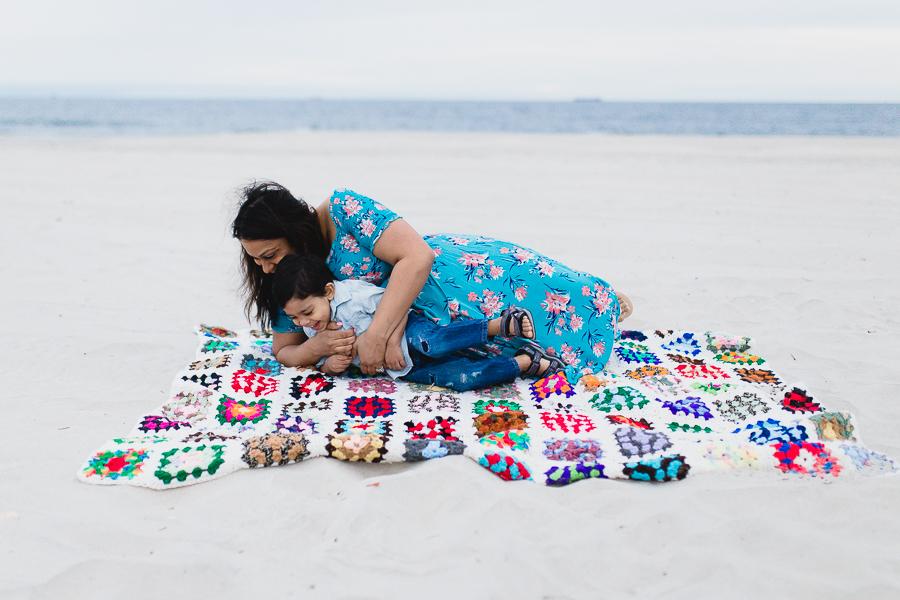 Long Beach family beach photographer