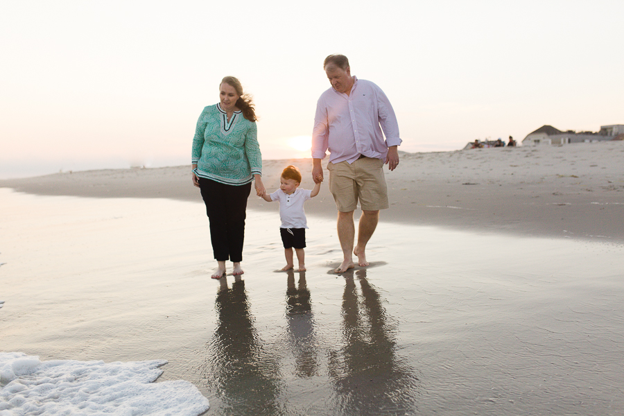 photographer on long island for beach family pictures