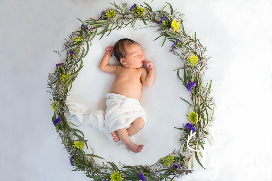Long island newborn photographer for Natural and classic photos