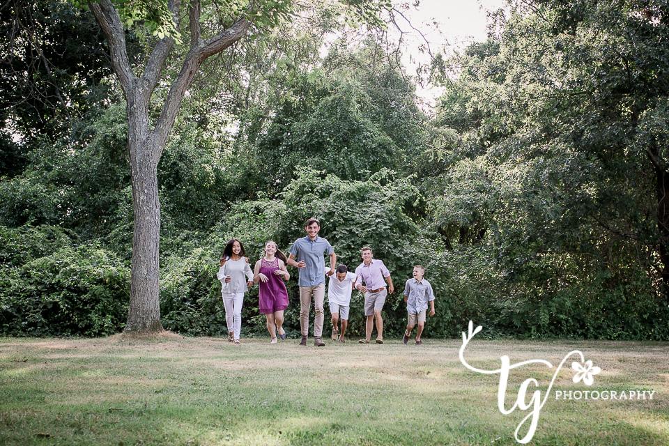 grandparents and grandchildren photo session