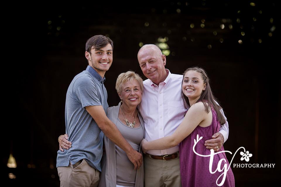 emotive grandprents session
