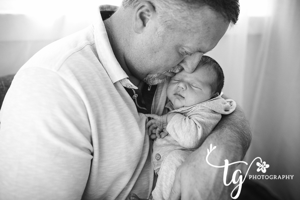 emotive newborn photography