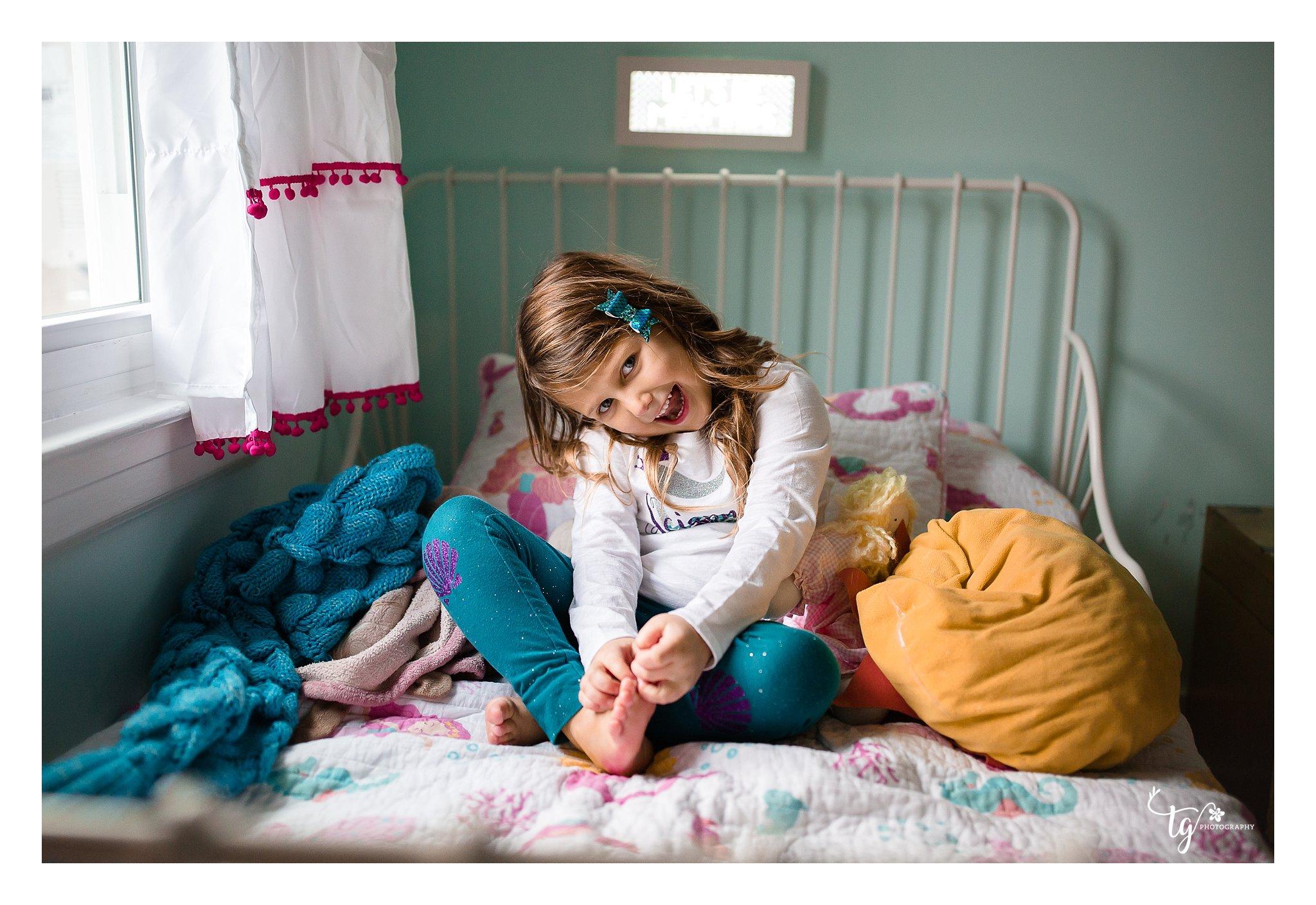in home lifestyle toddler birthday photos