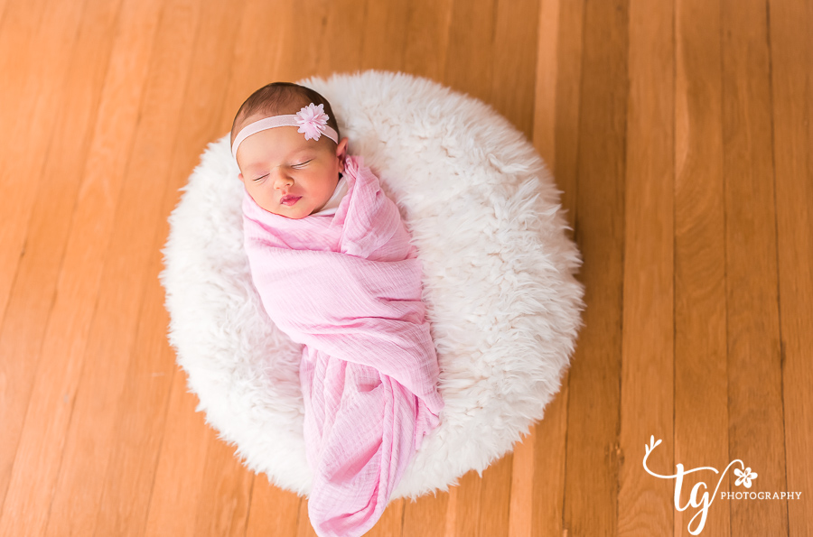 New Hyde Park in home newborn photographer