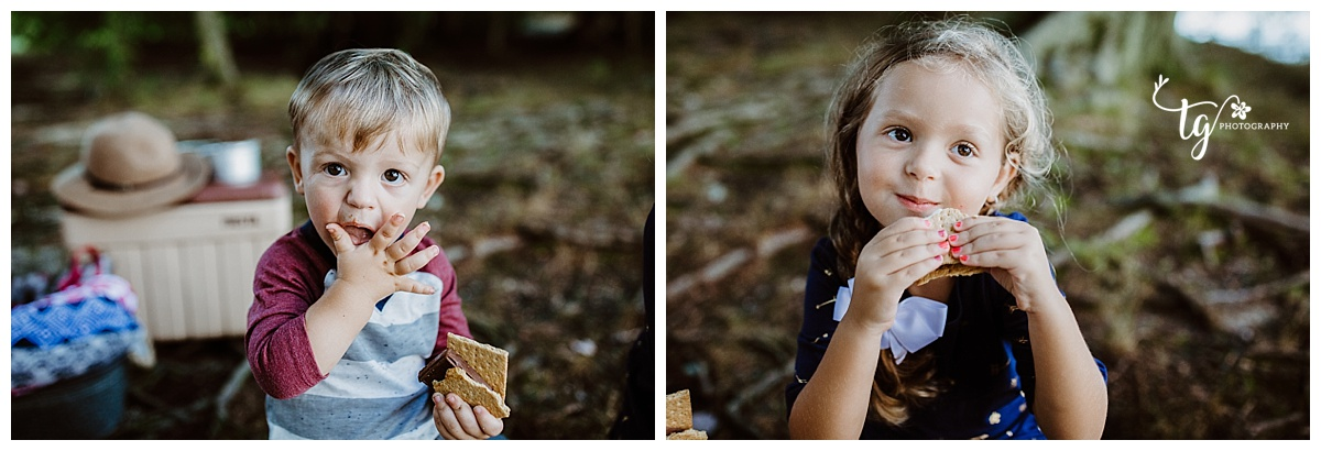 Toddler holiday mini session