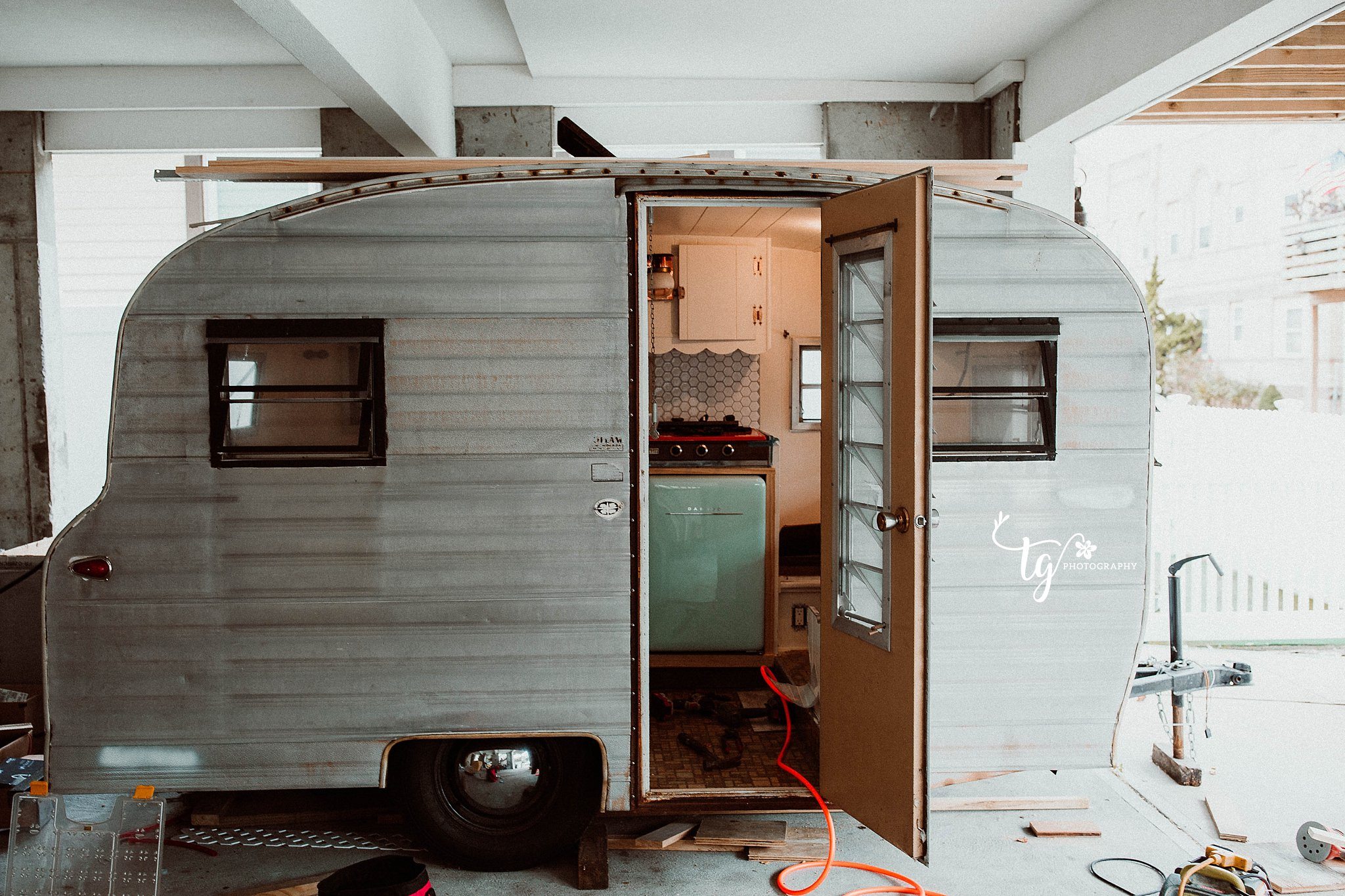 photo of a 1969 PlAYMOR CAMPER