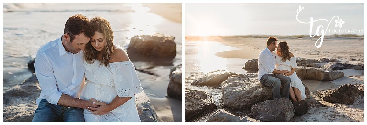 boho styled beach maternity session