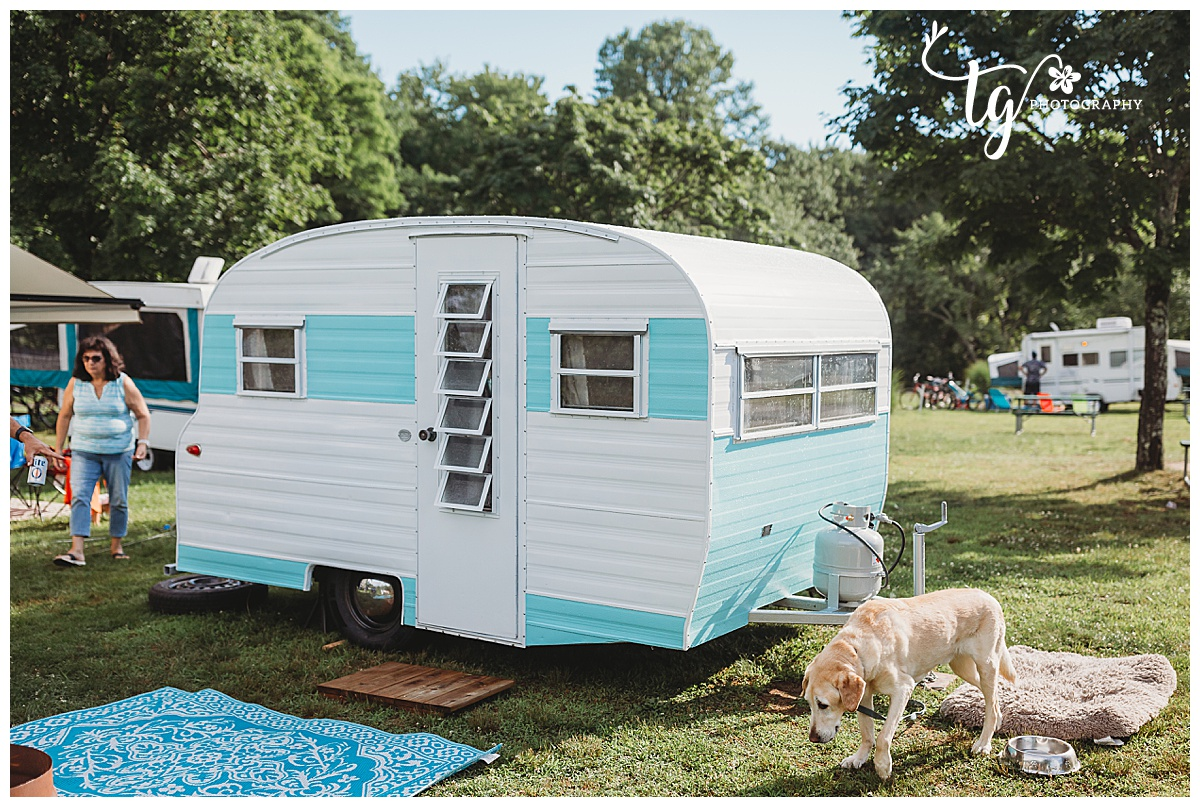 Playmor camper on a campground