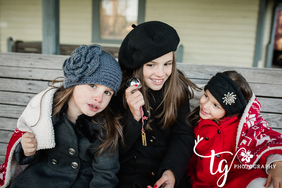 polar express inspired holiday session