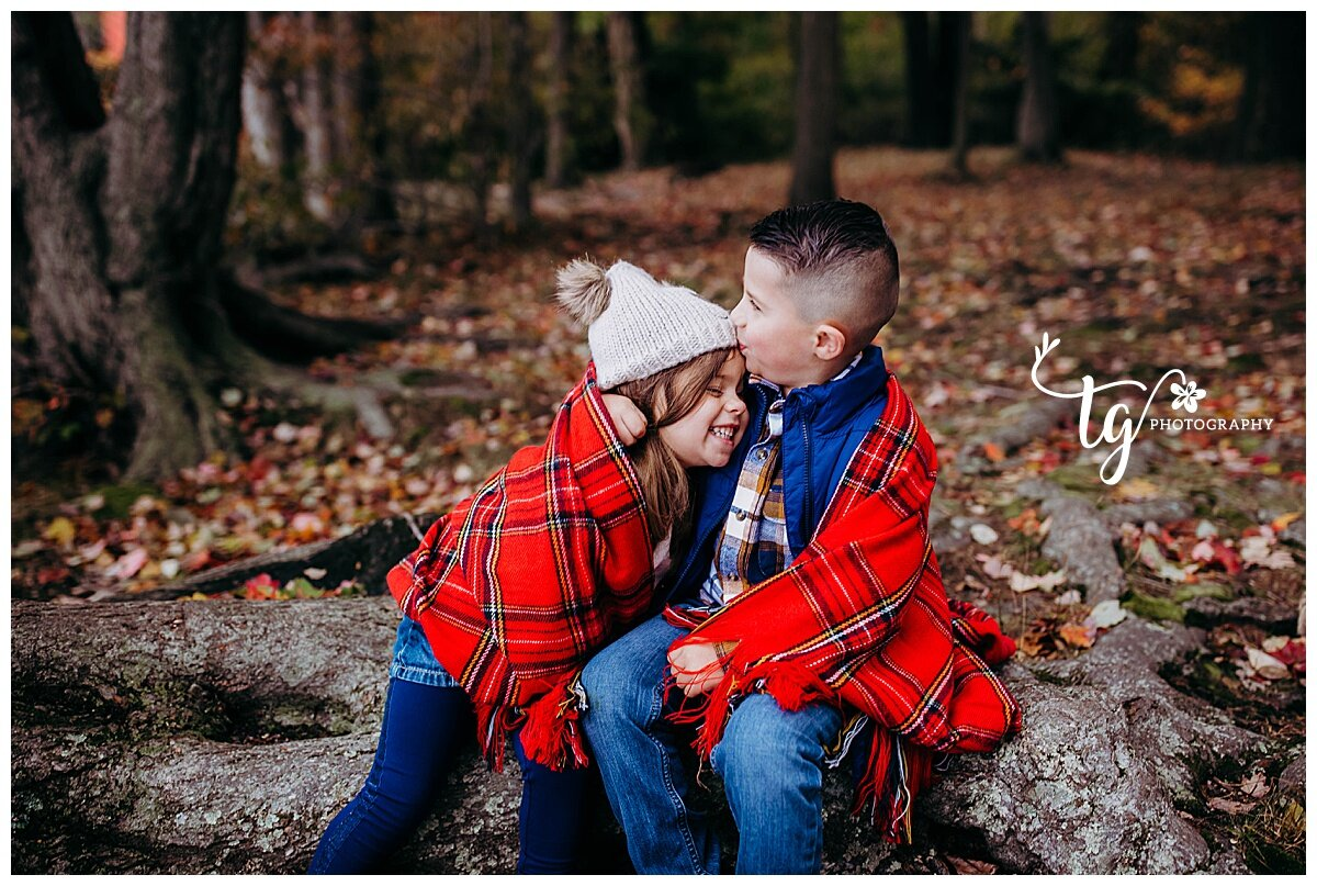 unique and fun holiday photo session