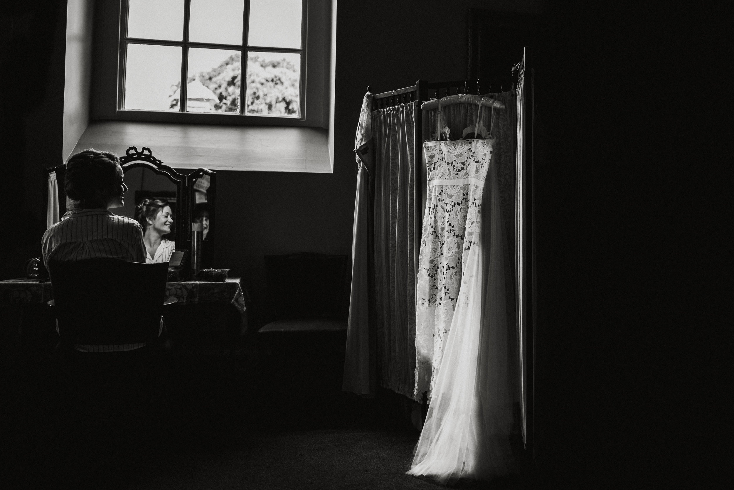 pencarrow-house-wedding-photographer-2.jpg