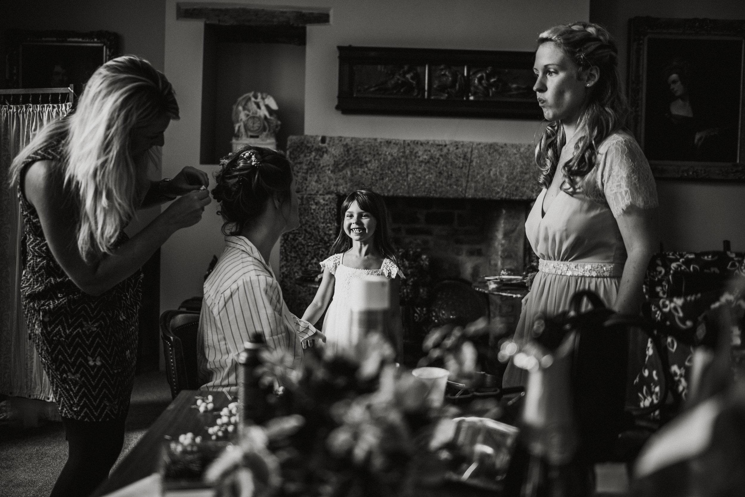 pencarrow-house-wedding-photographer-27.jpg