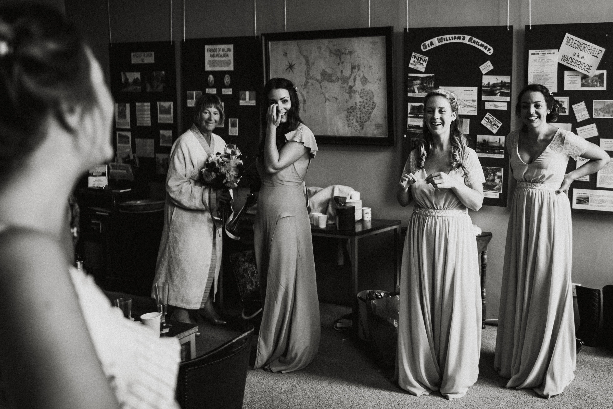 pencarrow-house-wedding-photographer-29.jpg