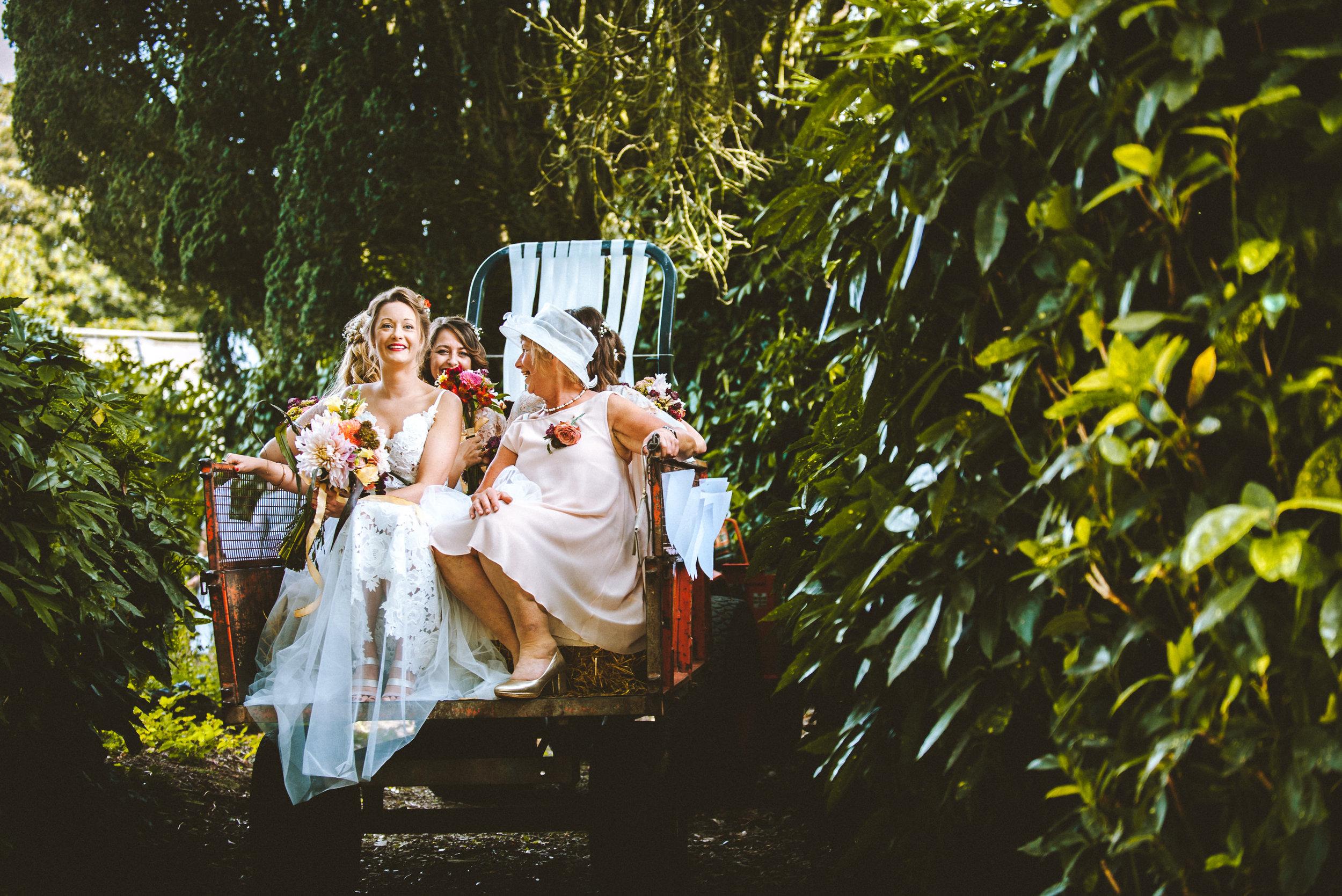 pencarrow-house-wedding-photographer-40.jpg