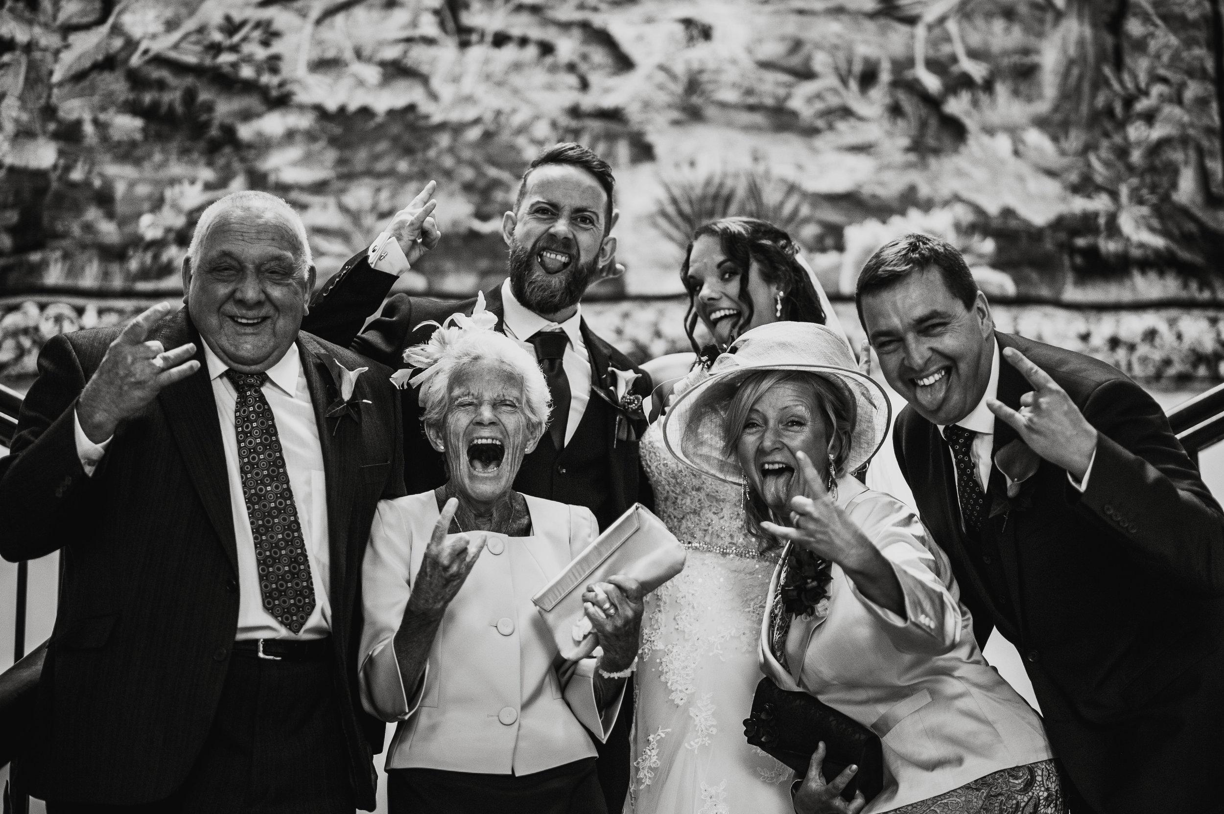 scorrier-house-cornwall-wedding-photographer-1.jpg