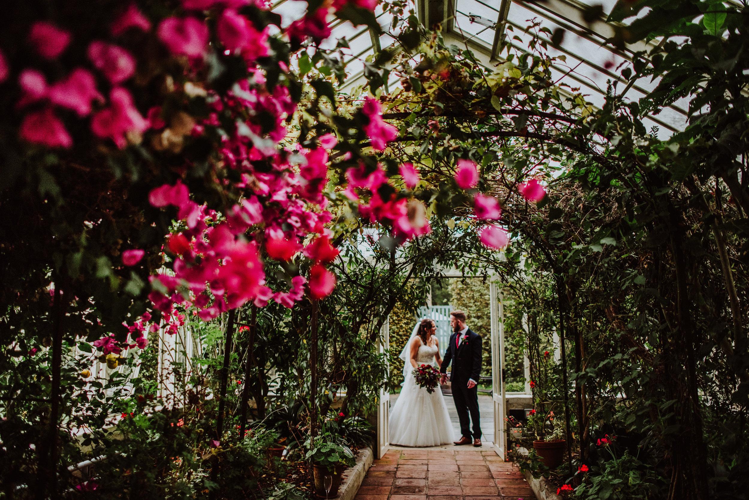 scorrier-house-cornwall-wedding-photographer-5.jpg