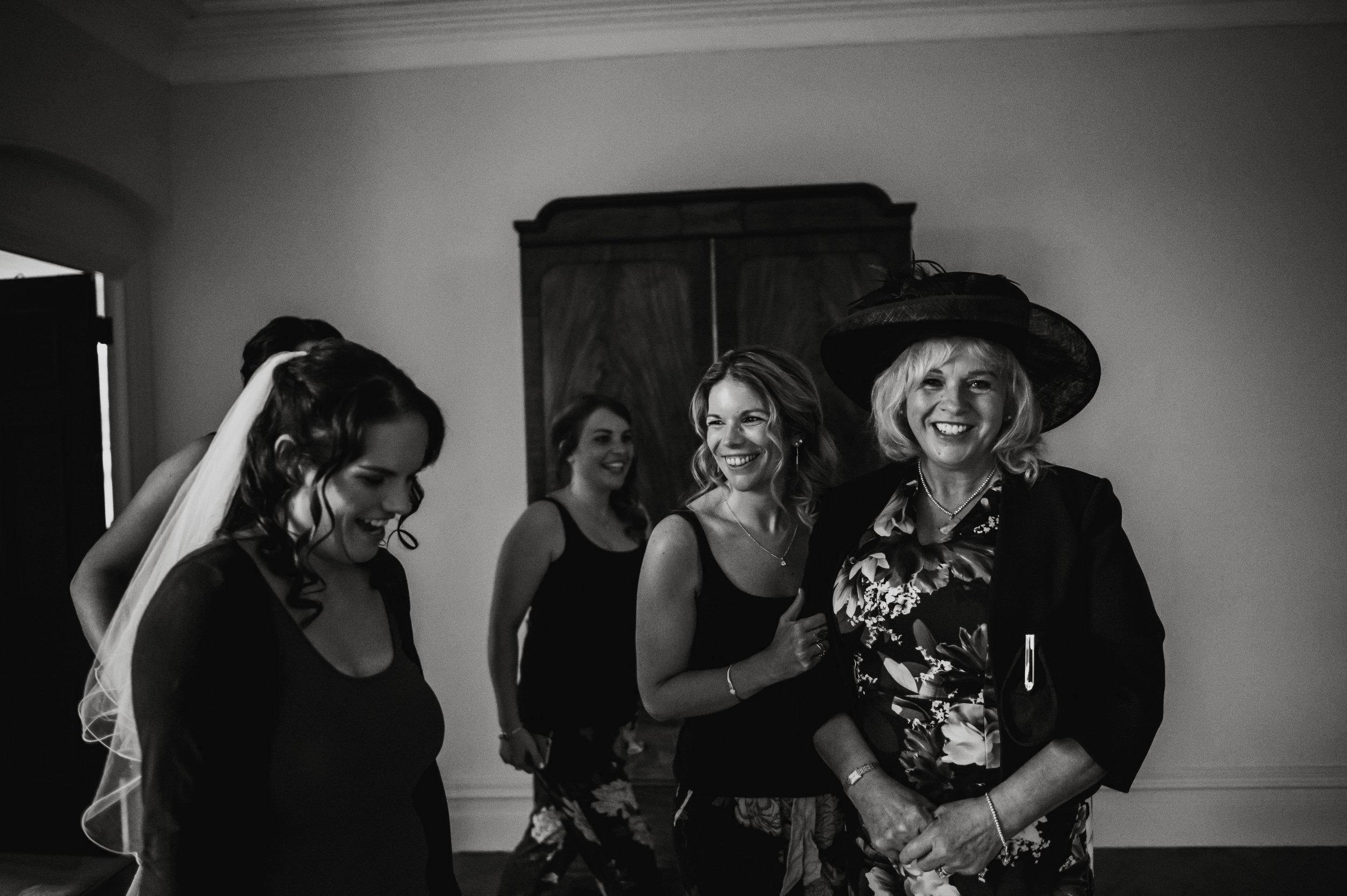 scorrier-house-wedding-photographer-11.jpg