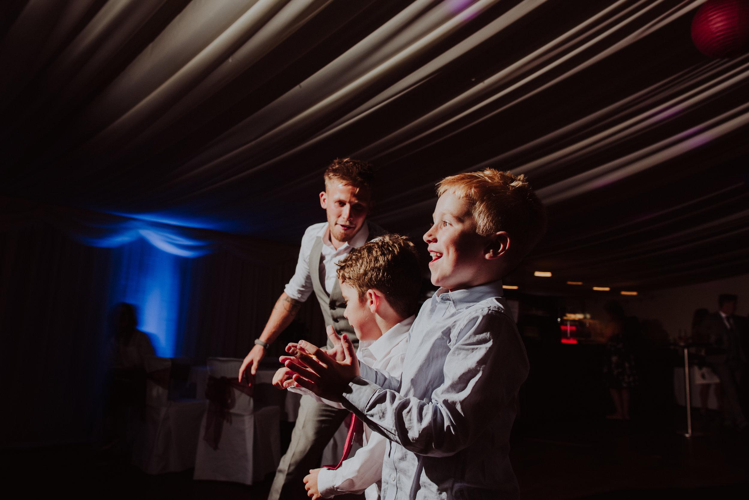 wedding-photographer-carnmarth-hotel-newquay-6.jpg
