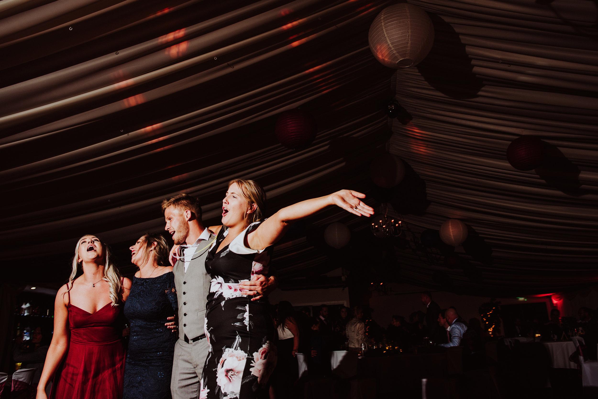 wedding-photographer-carnmarth-hotel-newquay-10.jpg