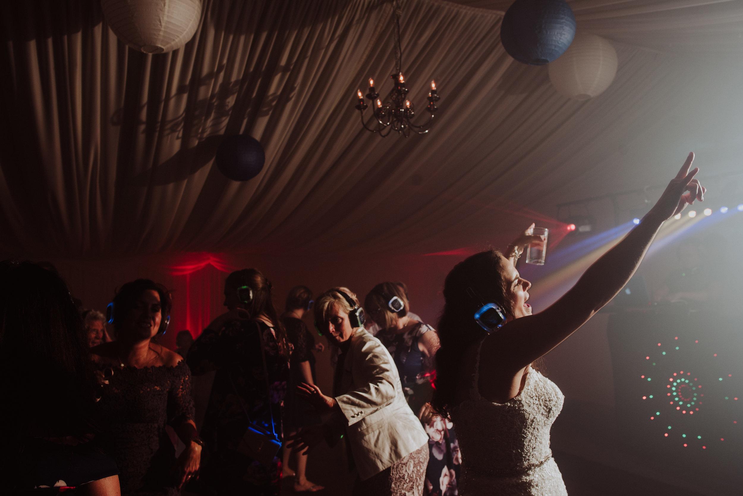 wedding-photographer-cornwall-silent-disco-newquay-2.jpg