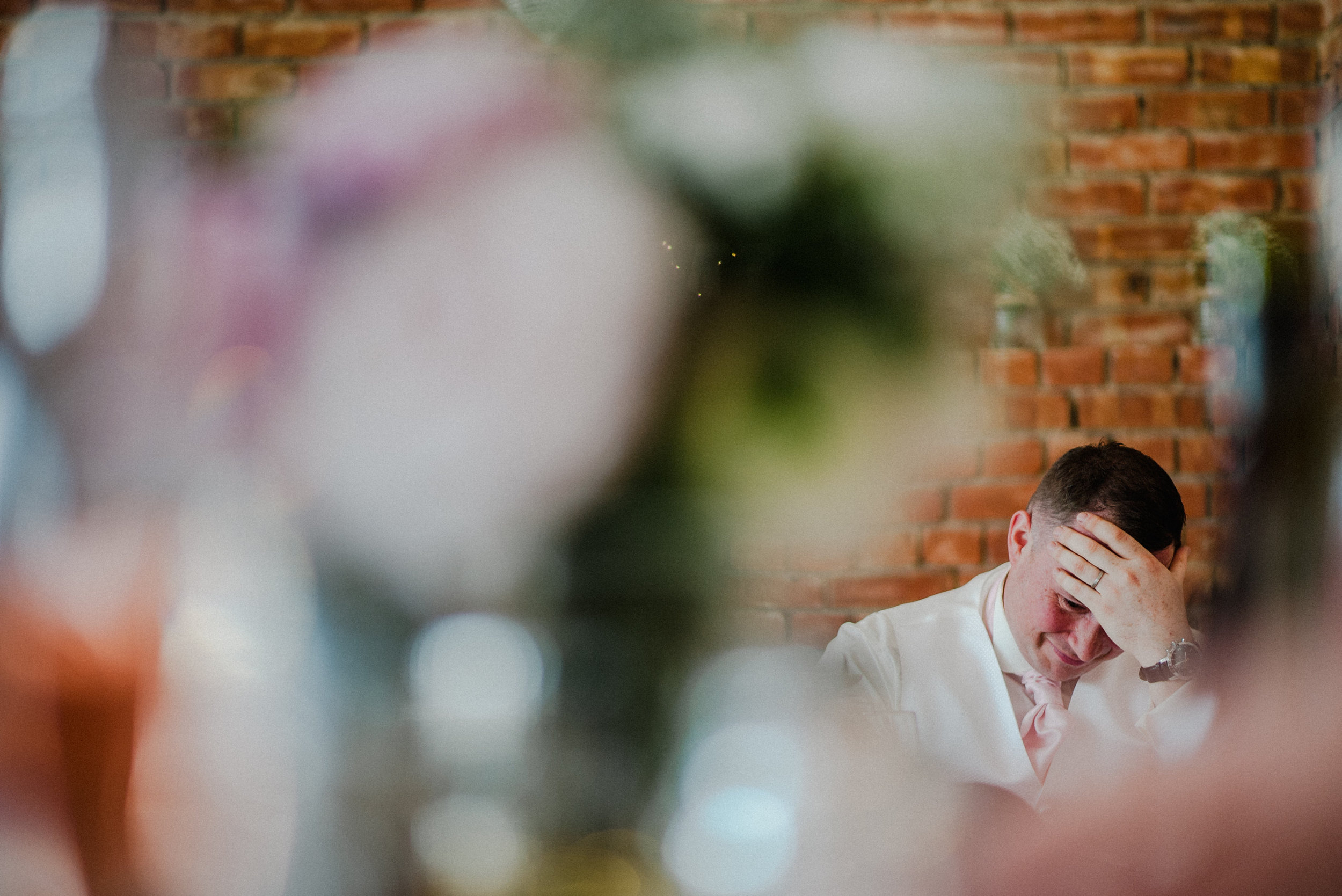 wedding-photographer-the-green-cornwall-4.jpg