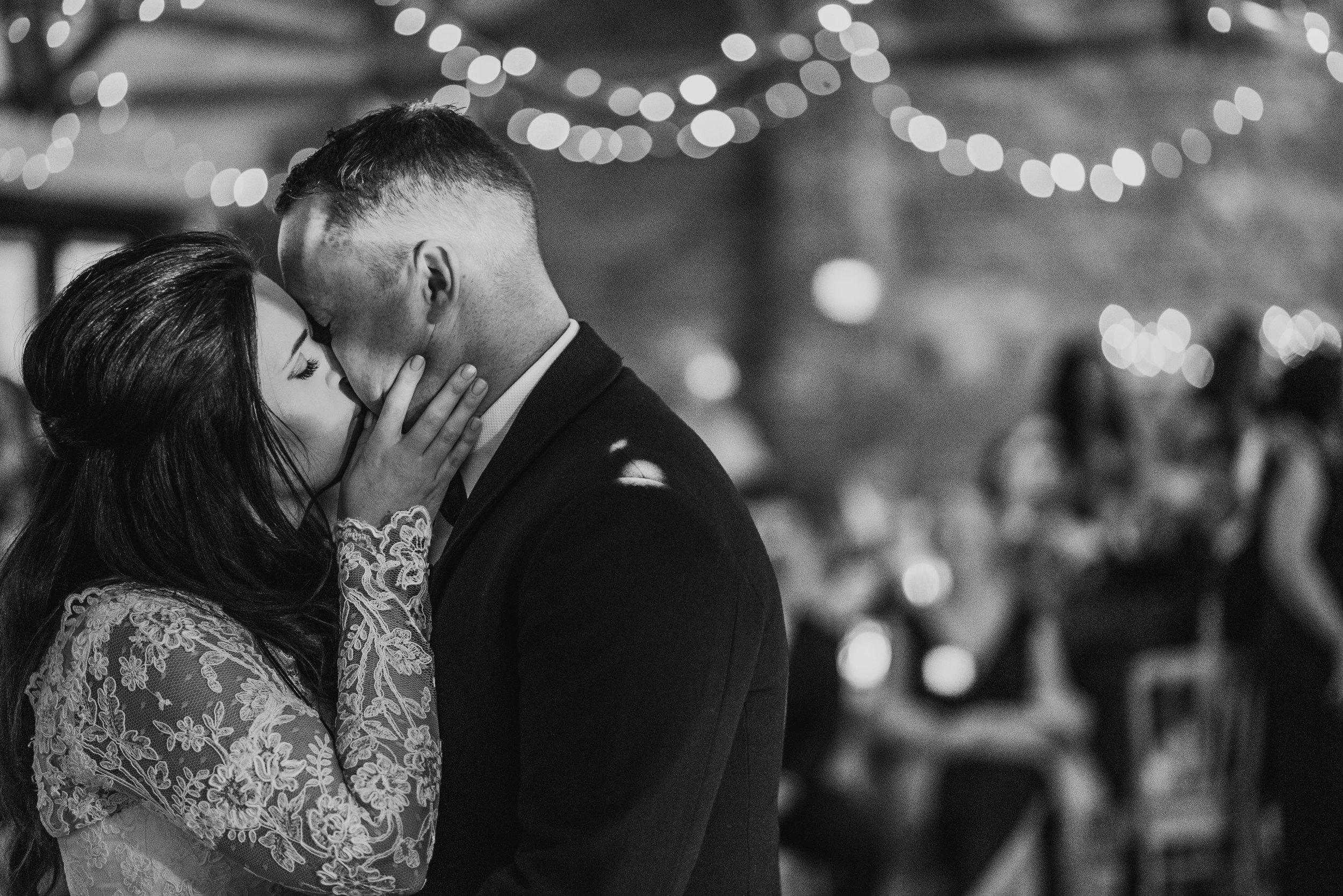wedding-photographer-the-green-cornwall-25.jpg